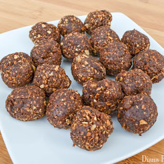 No Bake Chocolate Energy Protein Bites