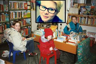 Photo: 10 Jahre sind seither vergangen, aus dem kleinen Mädchen auf dem Bild wurde eine junge Dame.