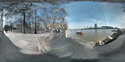 Photo: London - Victoria Embankment
