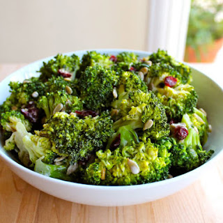 Crunchy Sweet Broccoli Craisin Salad
