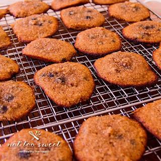 Low Carb Chocolate Walnut Cookies.