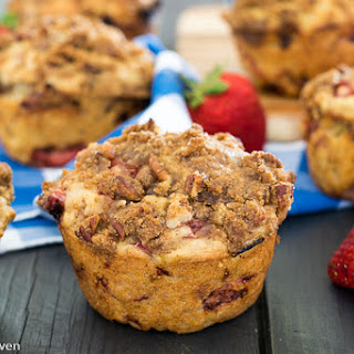 Double Streusel Strawberry Rhubarb Muffins Recipe