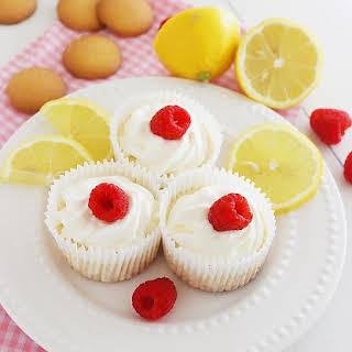 Skinny Lemon Cheesecake Yogurt Cupcakes.