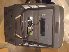 Photo: Vista del aparato por debajo, con la goma que hará el cierre del aparato con el techo.