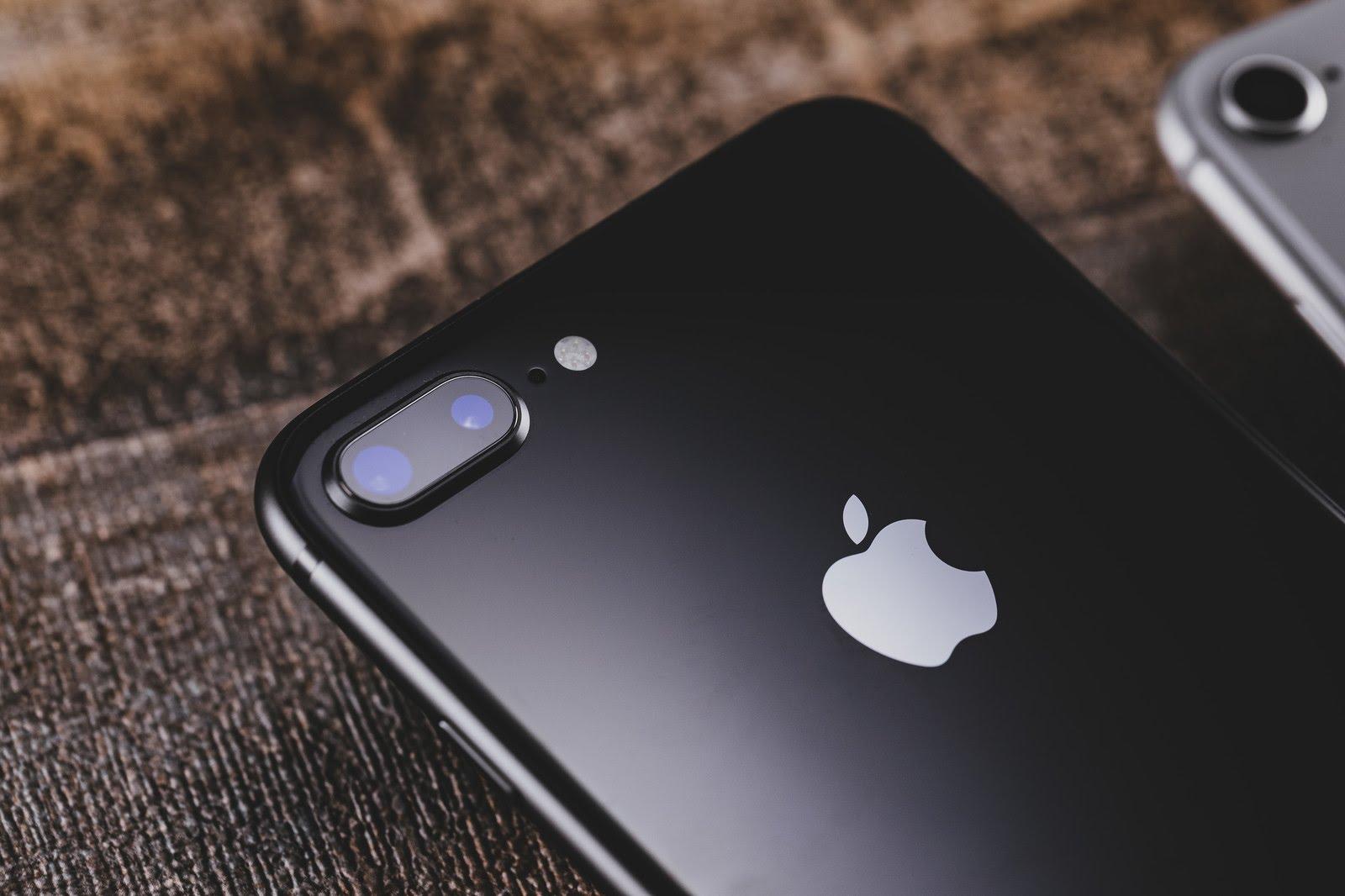 Apple(日本)の iPhone・iPad 価格一覧【2019年1月版】