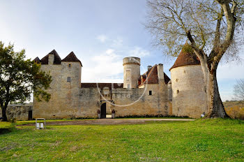 château à Gourdon (46)