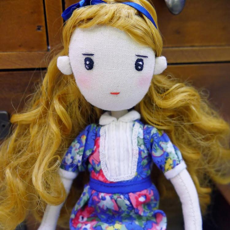 Handmade Vintage girl