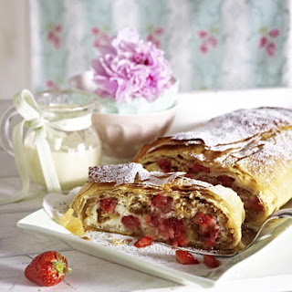 Strawberry Strudel with Vanilla Custard