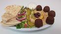 Hummus falafel platter