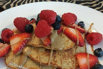 Almond Butter Banana Pancakes