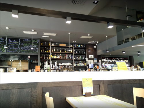 Cita para la tertulia de los jueves en : Restaurante Brasería LoKal, Calle Cudillero, 6, 33012 Oviedo (La Florida) 33012 Oviedo, Asturias