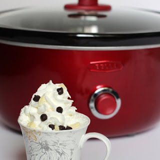 Slow Cooker (Crockpot) Black and White Hot Chocolate Starbucks Copycat