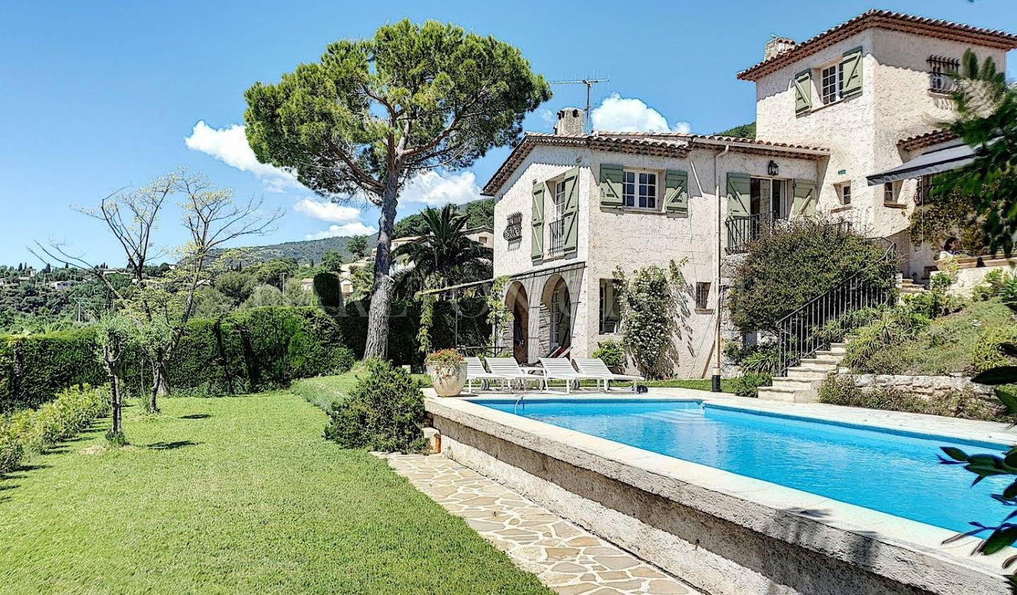 Villa with pool Vence