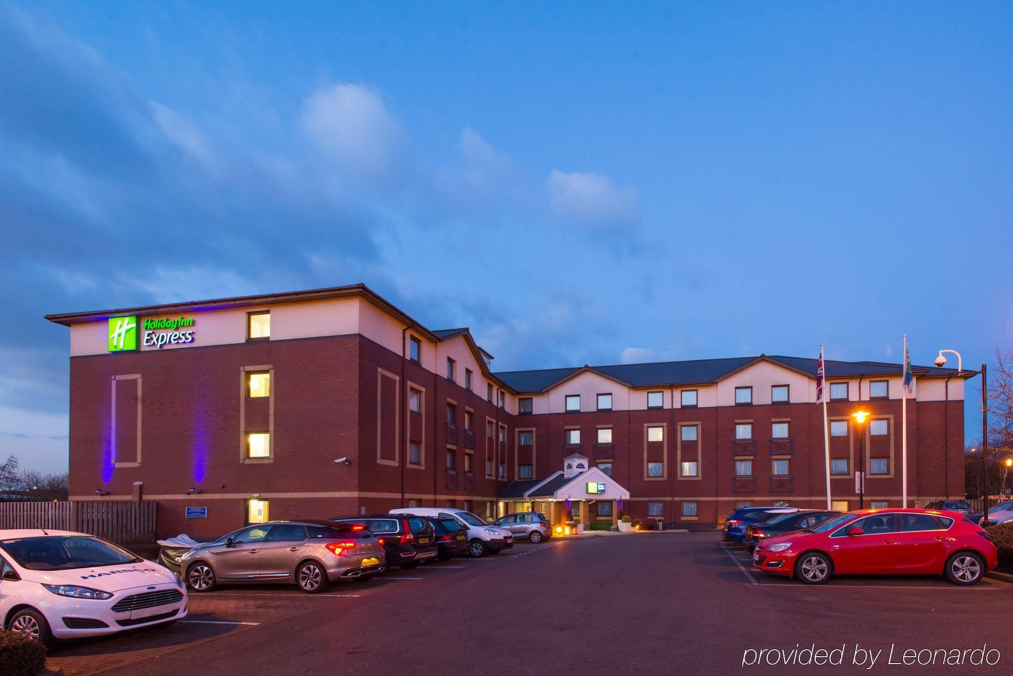 Holiday Inn Express Bristol North