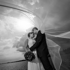 Wedding photographer Christian Lipowski (christianlipows). Photo of 04.09.2014