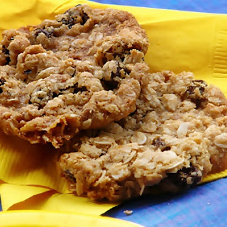 Oatmeal Raisin Cookies with Slivered Almonds