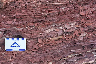 Photo: Here the sandstone has formed into very thin, brittle layers.