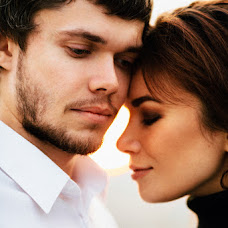 Wedding photographer Yuliya Otroschenko (otroschenko). Photo of 13.12.2015