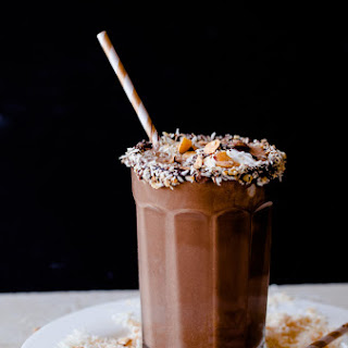 Healthy Almond Joy Smoothie.