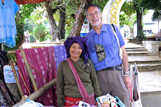 Photo: Michael and the Karen hilltribe weaver at her stall outside the twin temple compound of Wat Jong Kham and Wat Jong Klang