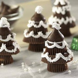 HERSHEY'S CHOCOLATE CANDY TREES