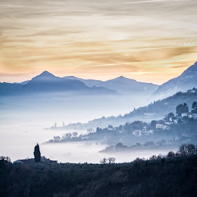 a foggy day by Frans Scherpenisse - Landscapes Weather ( hills, italia, fog, sunset, italy, mist )