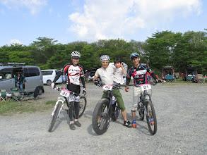 Photo: 青森と秋田からツワモノ3人とかわいこちゃん。