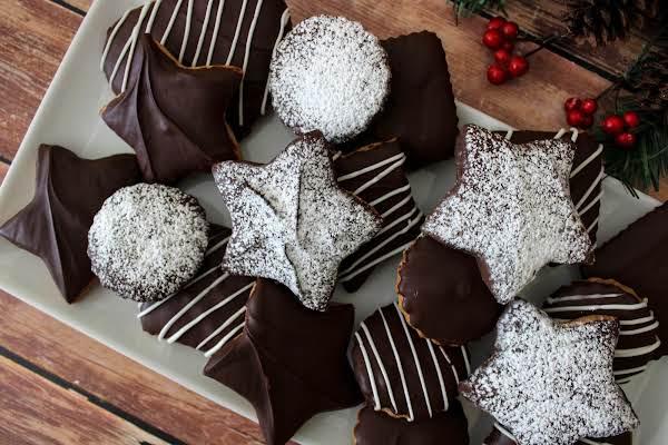 A Platter Of Katarzynki (polish Gingerbread Cookies).