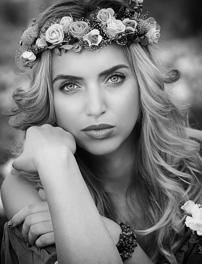 by Теди Димитрова - Black & White Portraits & People (  )