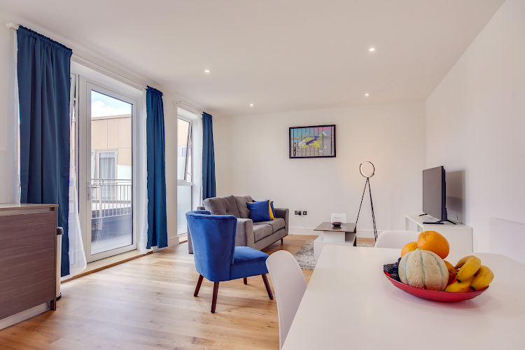 Studio apartment at Heathrow Central Apartments
