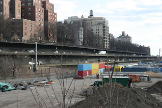Photo: The Brooklyn-Queens Expressway underneath the Brooklyn Heights Promenade.