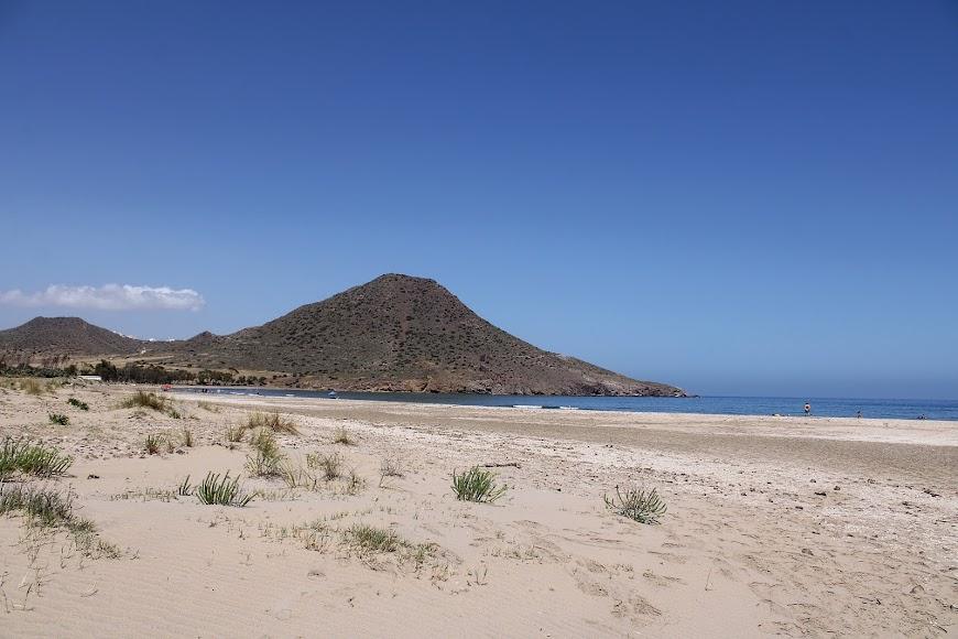 Bellísima playa de los Genoveses.