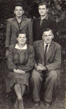 Photo: Žygienė Julija, Žygus Kazimieras, Sūnus Bronius, Kazimieras. Nuotrauka iš Adelės Gusčiūtės archyvo