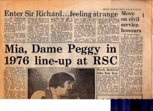 Photo: EVENING STANDARD January 2, 1976 イーブニング・スタンダード紙