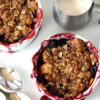 Nectarine Blueberry Crisp