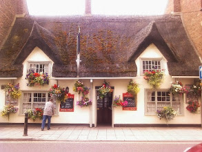 Photo: The Kings Head (or thatch, as it's coming to be called), looking a credit to any town. Not many people aware of the patio area to the rear offering relief in this hot '13 summer.