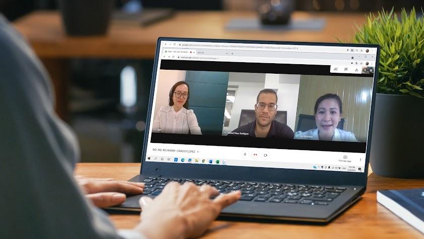 Las nuevas tecnologías de la comunicación permiten entrar en contacto con cualquier rincón del mundo