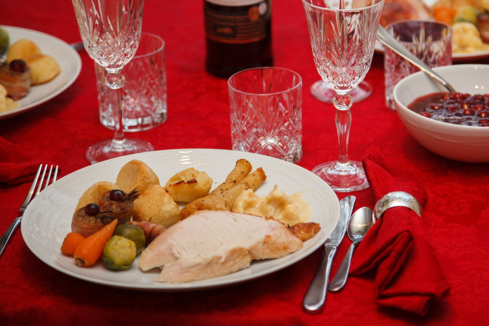 christmas-dinner-table-1443707899pCE.jpg