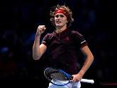Alexander Zverev klopt John Isner en plaatst zich voor halve finales op de Masters