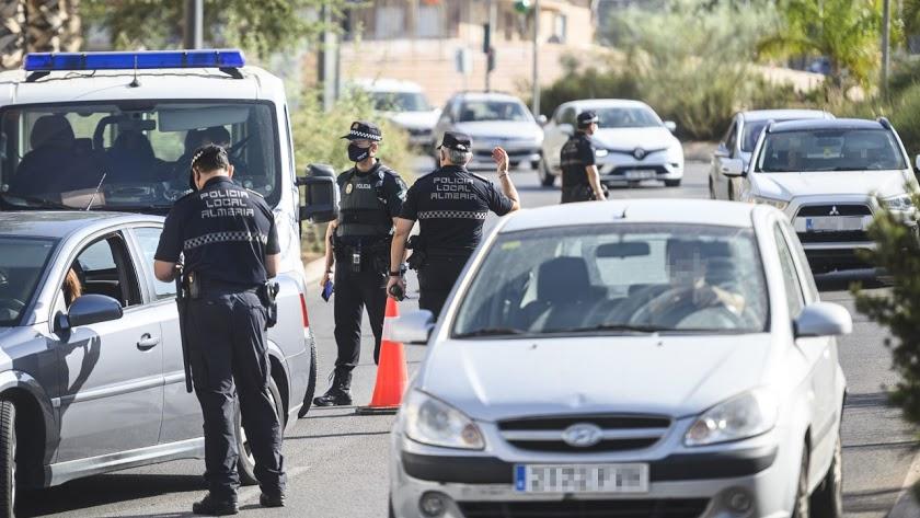 La Junta de Andalucía anuncia el fin de los controles por cierres perimetrales.