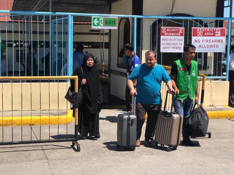 After 13 years, the Turkish Relief Organization brings a Filipina worker to her family