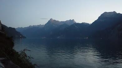 Photo: Fantasztikus esti hangulat az alpesi fyord partján
