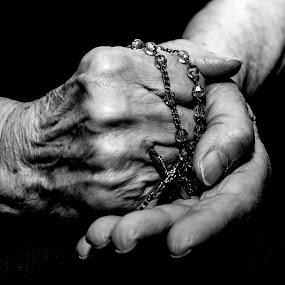 mothers hand by Marjan Gresl - Black & White Portraits & People ( religion, rosario, hands, art, black & white, old people, hope )