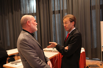 Photo: Allan Mayer and Daniel Holtgen before the Privacy vs Publicity debate - Forum Day 1