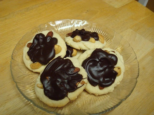 Mixed Nut Turtle Cookies Recipe