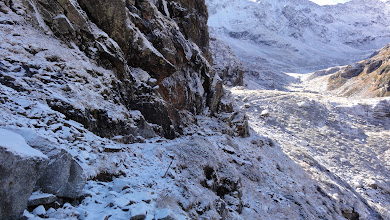 Photo: Sentier glacé vers la cabane d'Aygues Tortes
