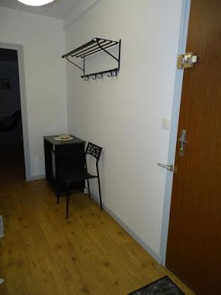 Location studio meublé 46 m2