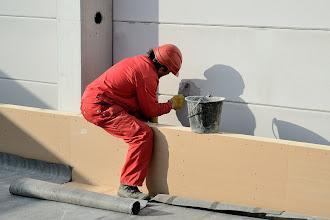 Photo: 09-11-2012 © ervanofoto De muur is klaar, hier en daar nog wat afwerking, en de dag zit er op.