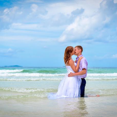 Wedding photographer Sergey Anatolevich (549857). Photo of 19.09.2017