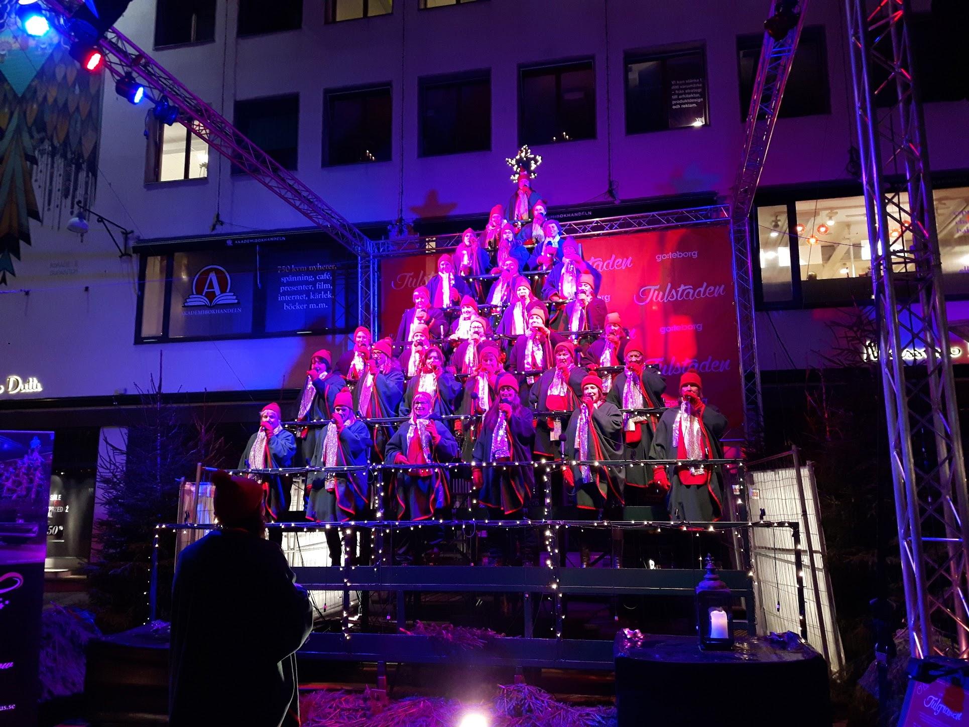 Den Sjungande Julgranen - Julstaden Göteborg